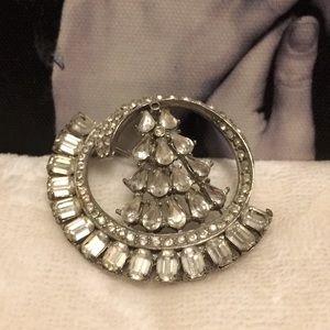 EUC Vintage crystal brooch